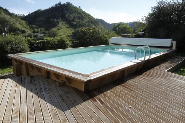 piscine bois 1500 euros