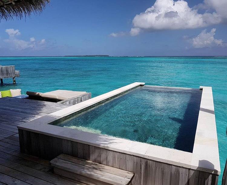 Les plus belles piscines du mondes rep r es sur instagram for Temperature ideale piscine