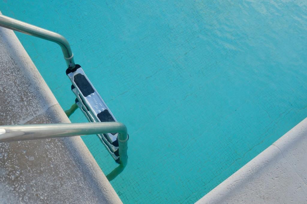 piscine eau gel