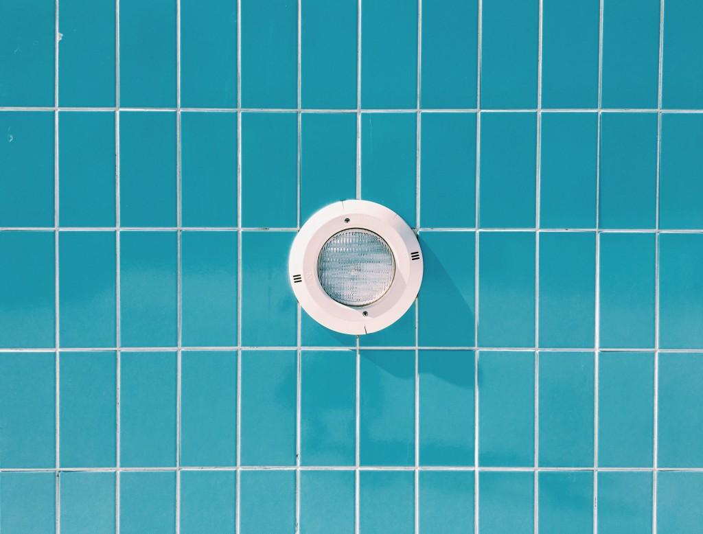 éclairage piscine normes