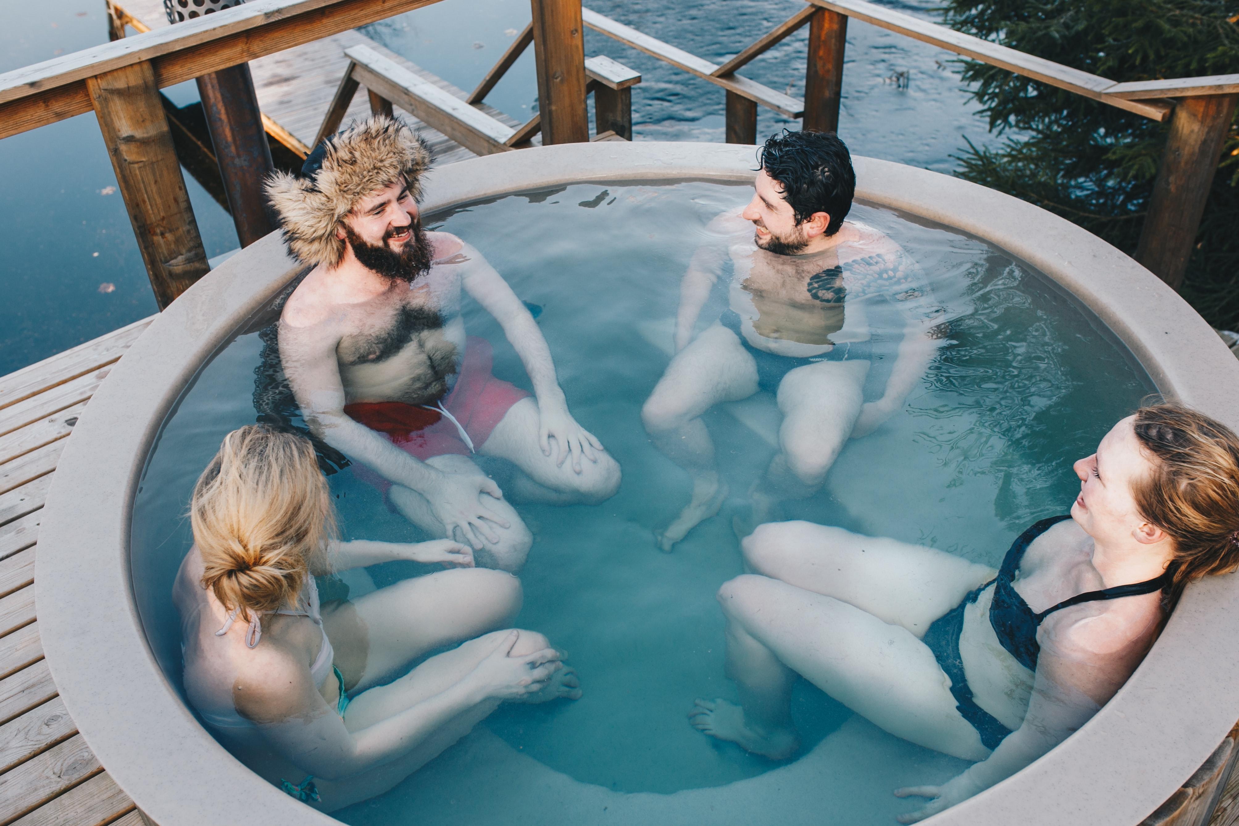 estonian-saunas-TomtMSvcneo-unsplash