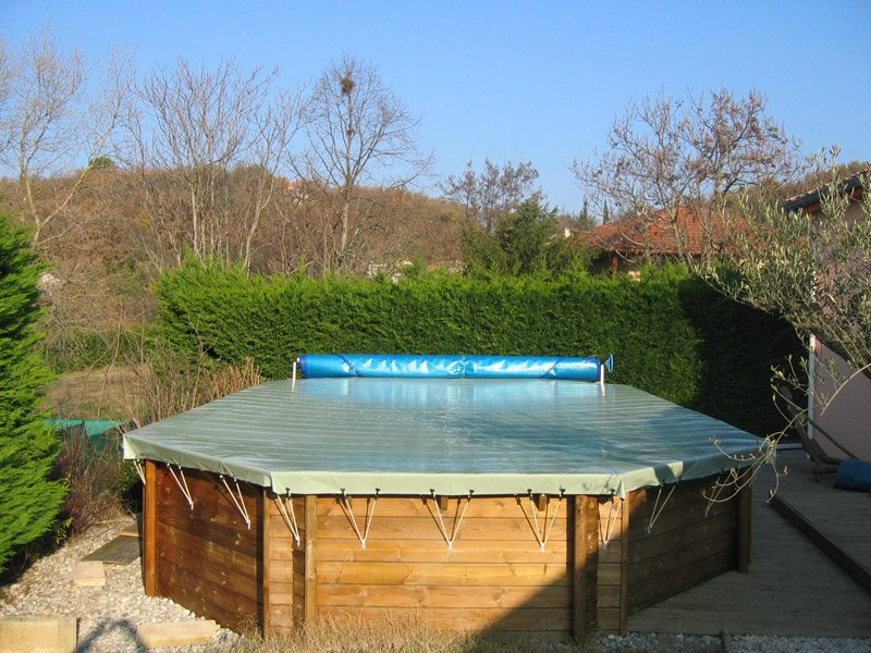 Catgorie bches couverture et liner page 6 du guide et for Produits d hivernage pour piscine hors sol