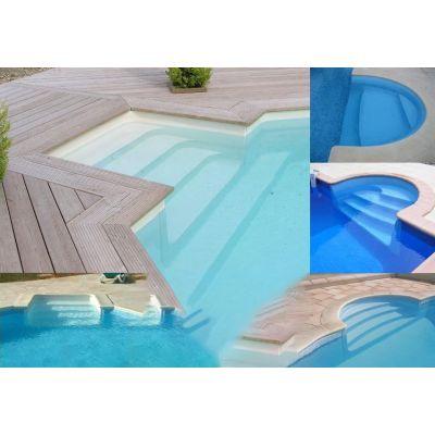 Escalier piscine large gamme acrylique ou poser dans for Piscine coque polyester ou acrylique