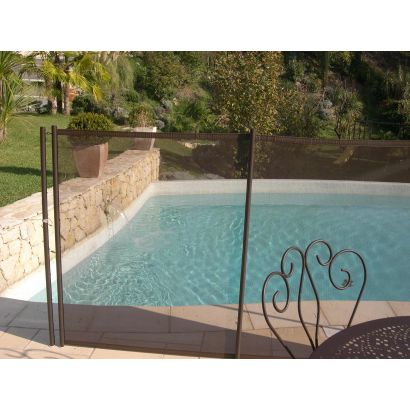 Barriere de piscine guide d 39 achat for Barrieres piscine beethoven
