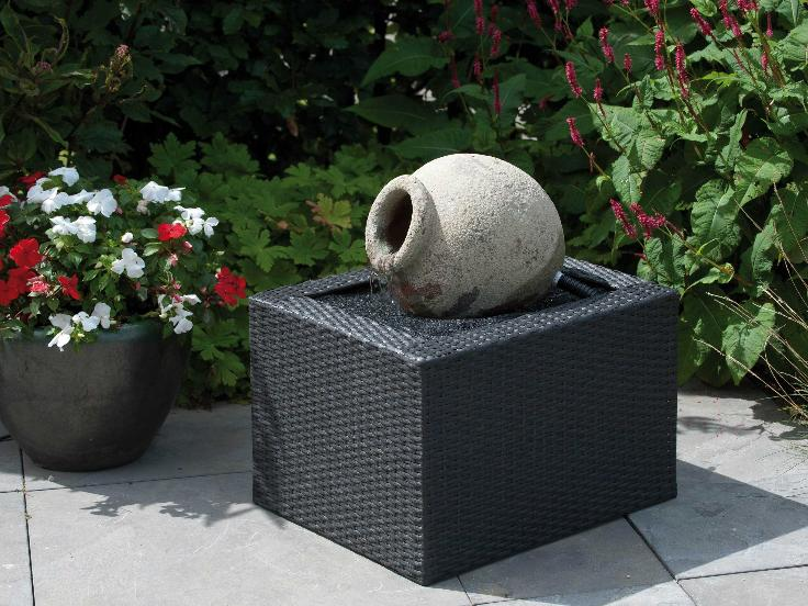 Cache bac fontaine wicker 4 acquaarte for Bac fontaine jardin