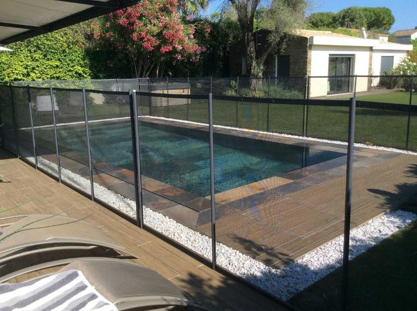 Cloture s curit beethoven prestige grise distripool for Cloture temporaire pour piscine
