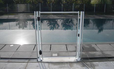 D co barriere piscine demontable villeurbanne 33 for Barriere piscine demontable