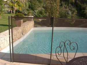 Cloture s curit beethoven prestige chocolat distripool for Piscine gonflable 2m diametre