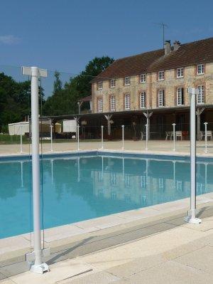 cloture-piscine-transparente-swimpark-verre-8-mm