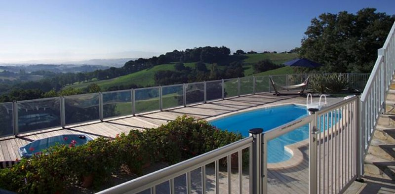 Cloture piscine transparente en verre 6 mm sp01 - Cloture piscine transparente caen ...