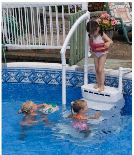 escalier-aquarius-piscine