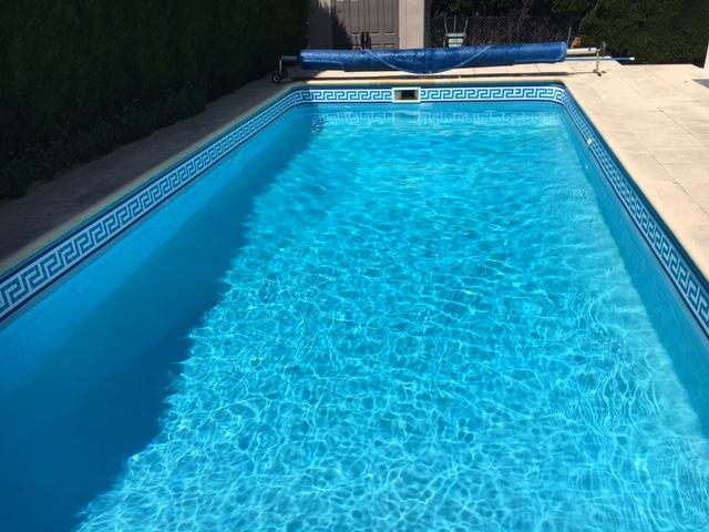 Frise piscine auto collante odyss e bleu 24 cm x 5 m - Frise piscine autocollante ...