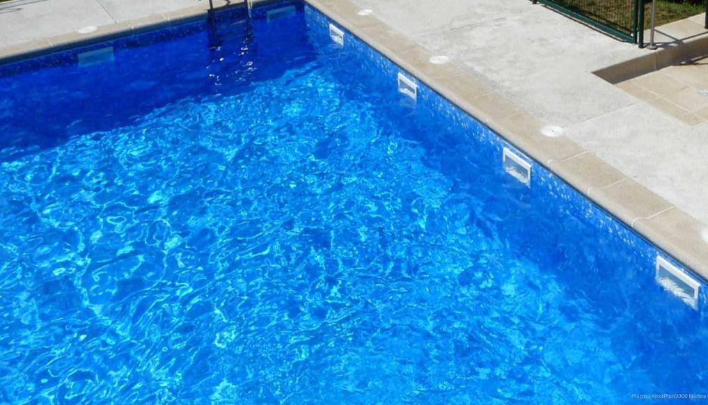 Liner piscine 75 100 me imprim 2015 marbr bleu vernis for Liner piscine 75 100eme