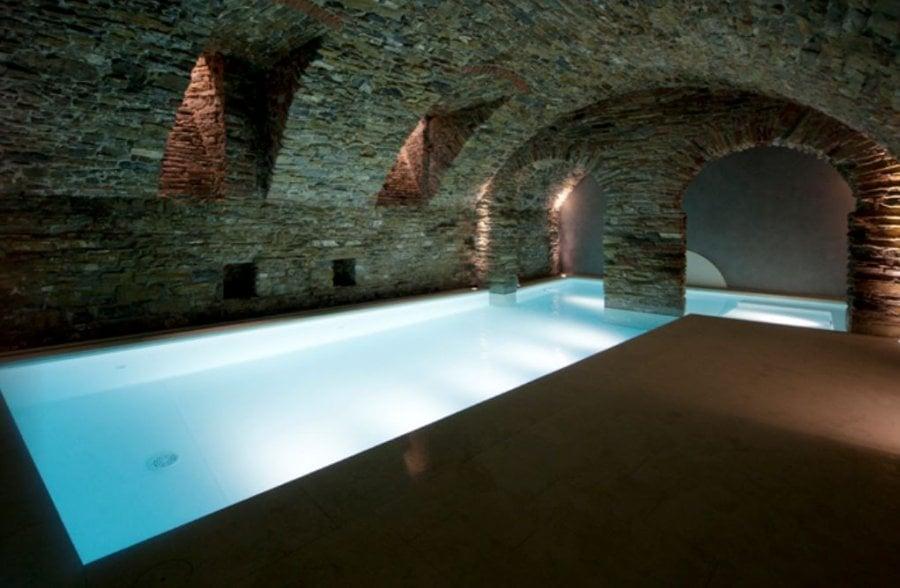 Liner piscine 85 100 me blanc for Piscine miroir avec liner