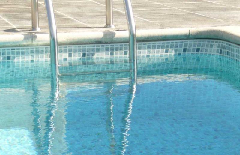 Liner piscine 75 100 me 2015 persia gris bleu vernis for Liner piscine 75 100eme