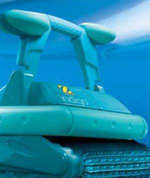 Robot piscine lectrique indigo zodiac zodiac - Comment aspirer piscine ...