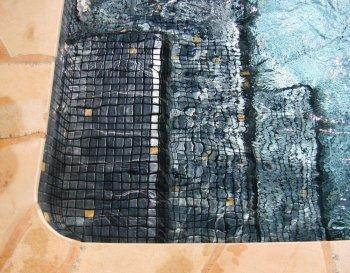 spa jacuzzi beton mosaique noir