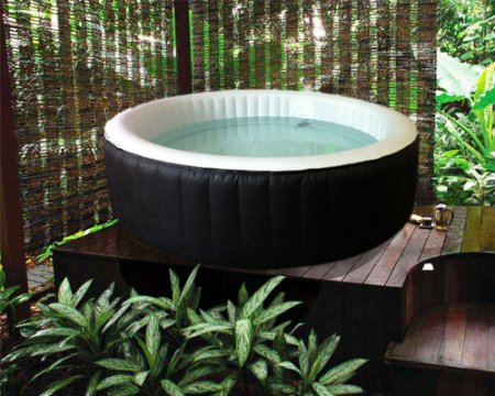 Spa gonflable sur terrasse inspiration du blog - Comment installer un spa gonflable ...