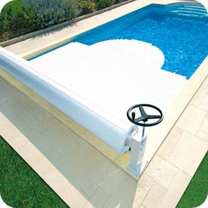 volet manuel manu hors sol pour piscine abri blue. Black Bedroom Furniture Sets. Home Design Ideas